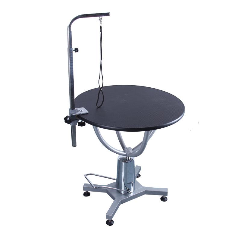 Stabilt trimmebord til hund. Kan klare høj vægt og er med hydraulik, så den kan bære hunden op til den ønskede højde